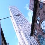 Empire State Building - как всегда красавец Импаер Стейт билдинг. Построенный как причал для дирижаблей в тридцатые годы, используется как офисное здание и площадка обозрения (по моему с РОкфеооер Цента всетаки вид лучше и места больше и современней. Всем советую именно Рокфеллер Центр).