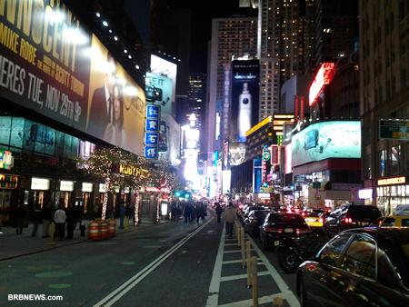 Бродвей с 50 улиц в сторону 42 стрит
